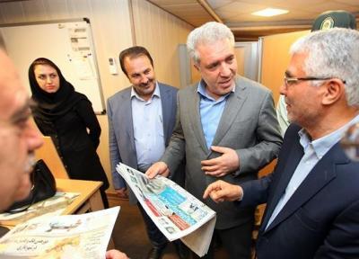 بازدید رئیس سازمان میراث فرهنگی از موسسه مطبوعاتی خبر و دفتر روزنامه توریسم در شیراز