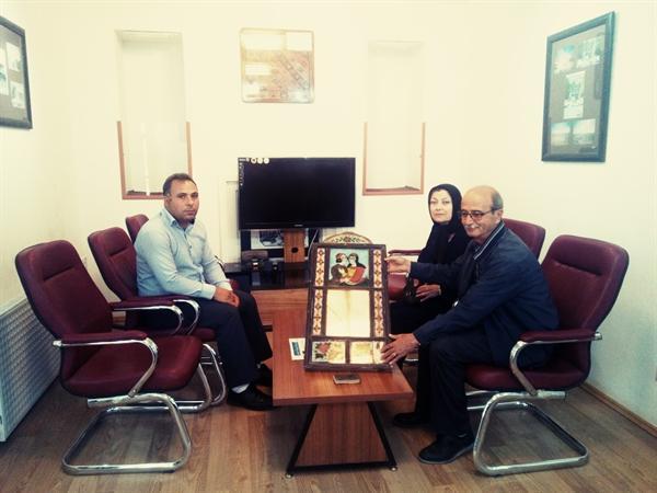 اهدای دو اثر نفیس تاریخی توسط خیرین میراث فرهنگی به موزه نمین